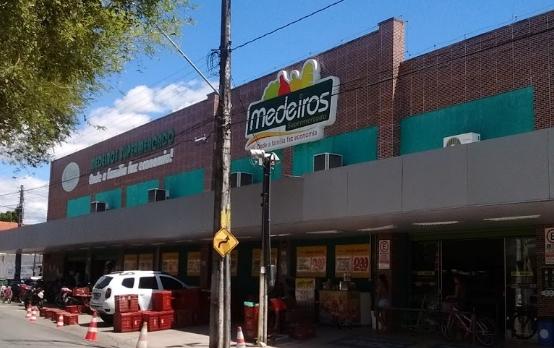 Medeiros Supermercado Seleciona Op. de Caixa em Fortaleza