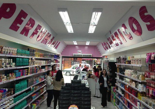 Loja de Cosméticos Seleciona Op. de Caixa em Fortaleza